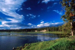 YellowstoneLakeSunset2