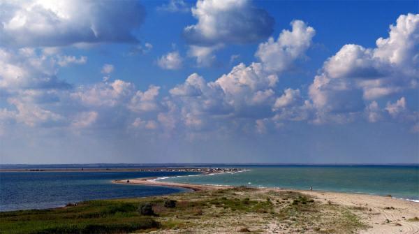 Пляжи у Бакальской Косы