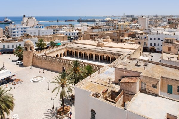 Территория Туниса просто пропитана историей