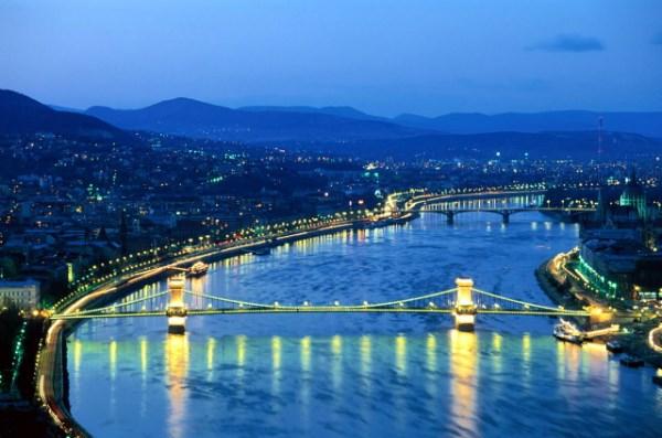 Будапешт, этот город поражает своей грациозностью, изысканностью и удивительной архитектурой