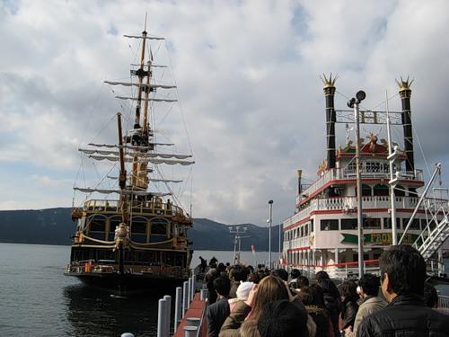 Морские круизы пользуются у туристов большой популярностью