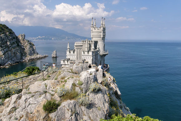 Ласточкино гнездо – жемчужина Крыма